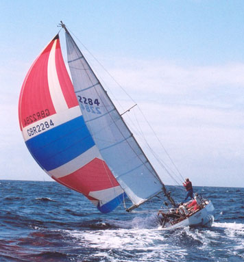 Kalina reaching on starboard with spinaker